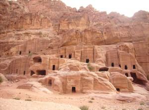 Петра - город в скале