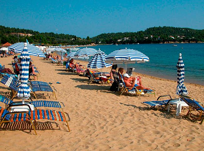 skiatos-Vromolimnos-beach