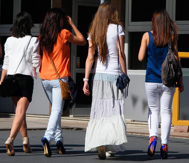 Так одевается молодое поколение турчанок