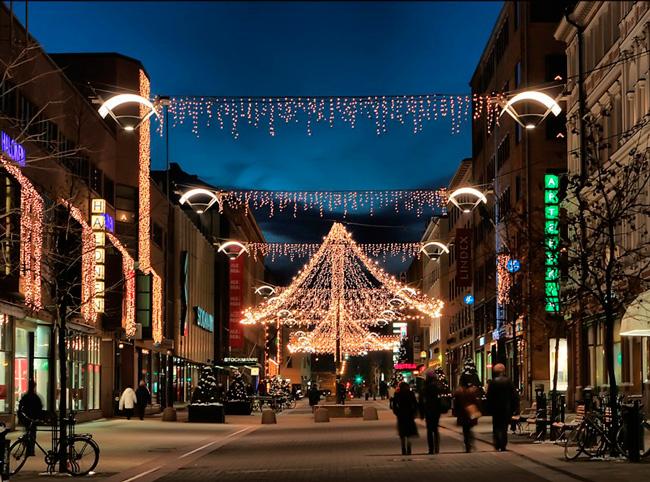 Украшенные улицы Хельсинки