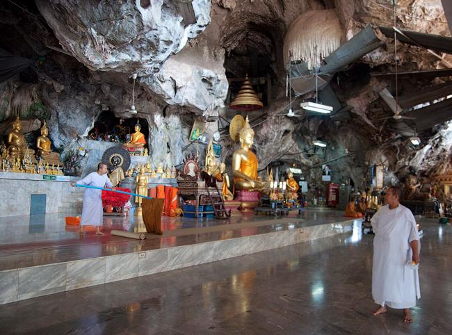 Монастырь Пещерного Тигра